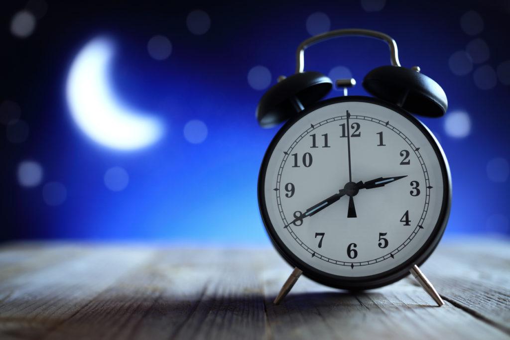 Es clave para nuestra salud, vivir según nuestro reloj biológico, activándonos con la luz del día y descansando con la oscuridad.